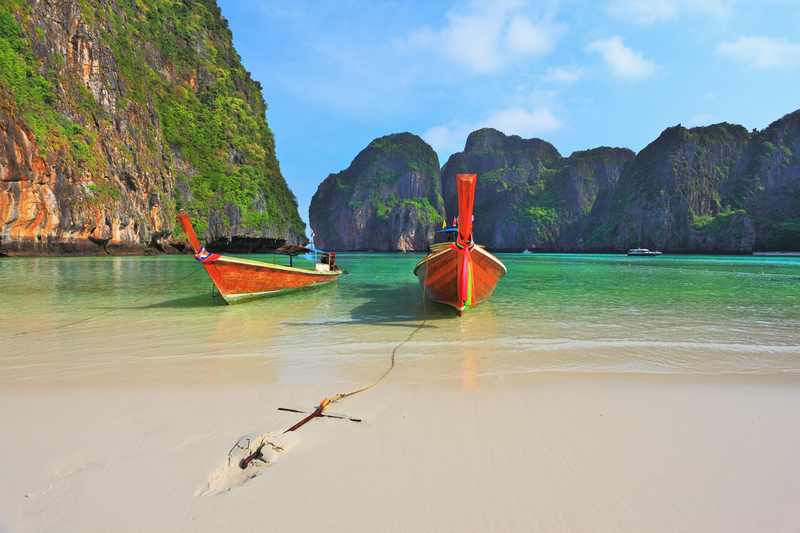 Which out Islands to visit when traveling to Thailand