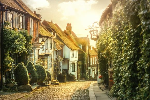 ​Why Mermaid Street in Rye, UK Is A Must Visit!
