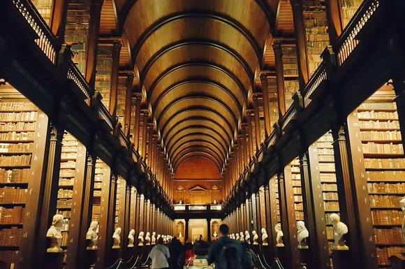 ​Five Amazing Facts About the Long Room at Trinity in Dublin, Ireland